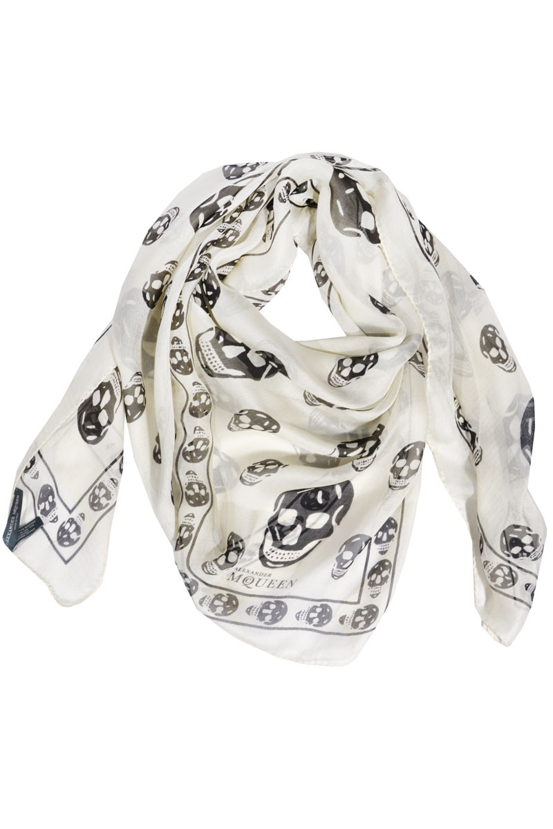alexander mcqueen skull printed schal aus 100 seide alexander mcqueen tuch mymint shop. Black Bedroom Furniture Sets. Home Design Ideas